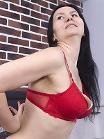 Isadora masturbates in her bedroom with a toy